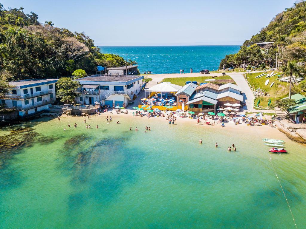 Praia da Sepultura - Bombinhas Santa Catarina