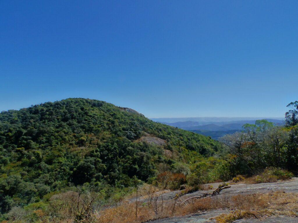 Vista de cima da Trilha Platô em Monte Verde em Minas Gerais