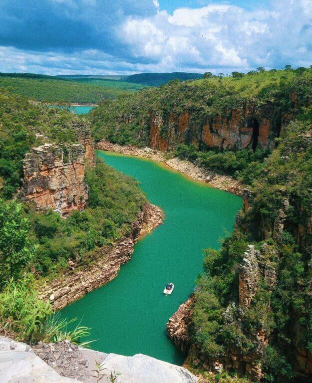 Mirante dos Canyons em Capitólio em Minas Gerais